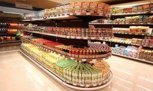 قفسه ها در سوپر مارکت
